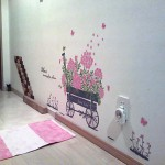 お客様の実例♪玄関にお花の壁デコシールでおもてなし