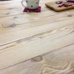 コタツがカフェテーブルに♪お客様発信!壁紙を使った家具のリメイク